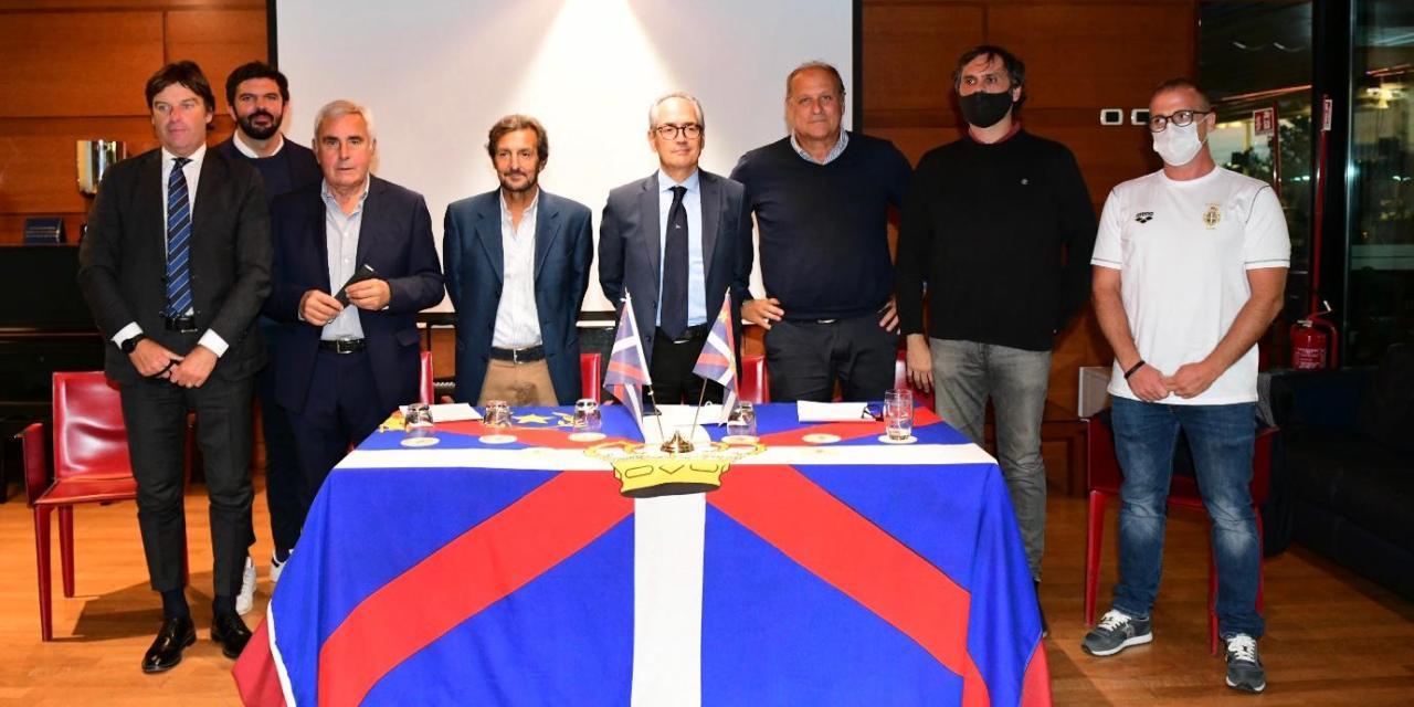 La squadra agonistica del Reale Circolo Canottieri Tevere Remo pronta per la nuova stagione