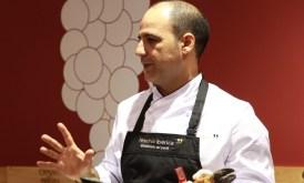 Cata de jamón ibérico con Manuel Lopez, afinador de jamones, en Barcelona