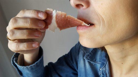 El jamón, un alimento que se puede comer con las manos
