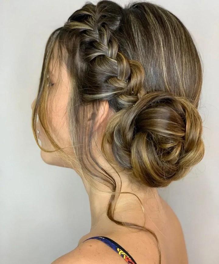 Penteados para Noivas coque