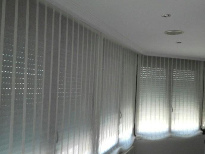 estores-pacchetto-en-galeria-de-ventanales