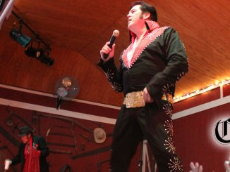 Elvis impersonator Tom Gilbo