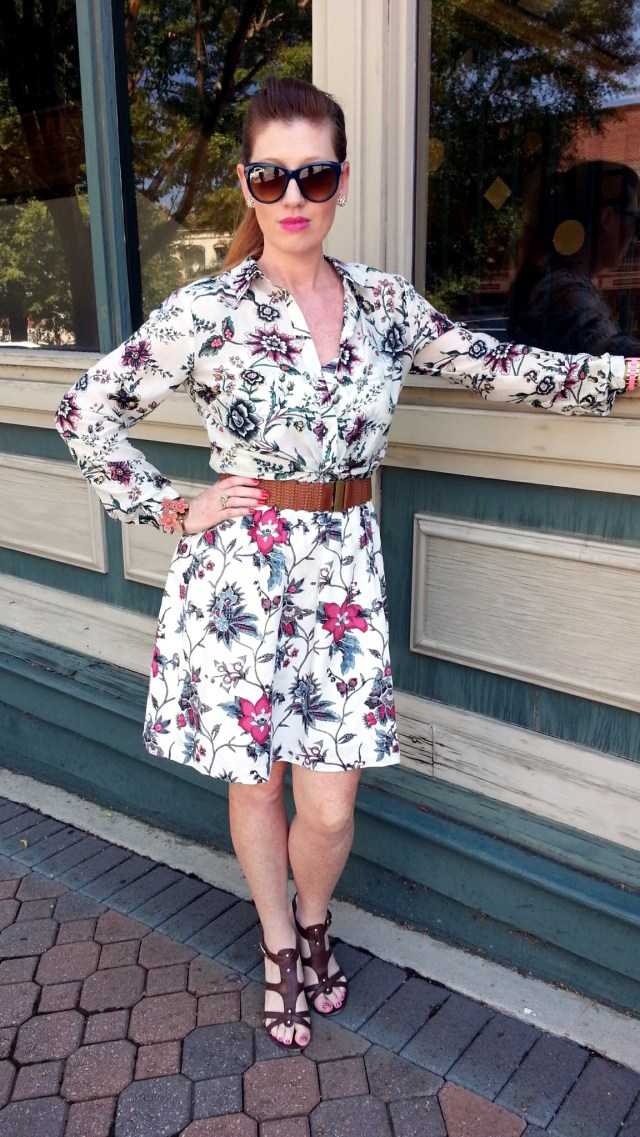 Blouse & Dress: Ann Taylor LOFT Shoes: Franco Sarto Sunnies: Franco Sarto Bracelet: Bealles