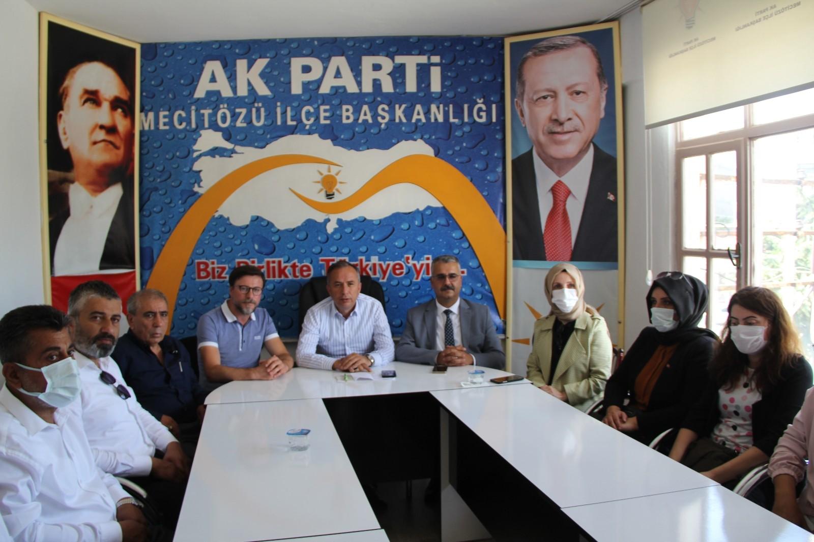 AK Parti'den orman yangınlarıyla ilgili açıklama