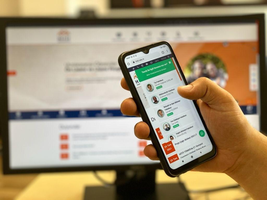 Hitit Üniversitesi'den tercih yapacak öğrenciler için whatsapp danışma hattı