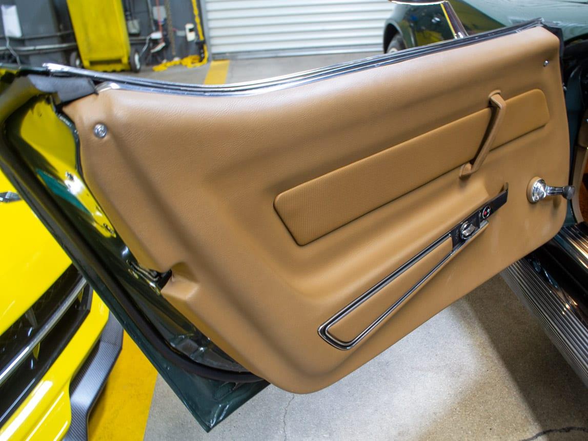 1969 green corvette l71 coupe 0227