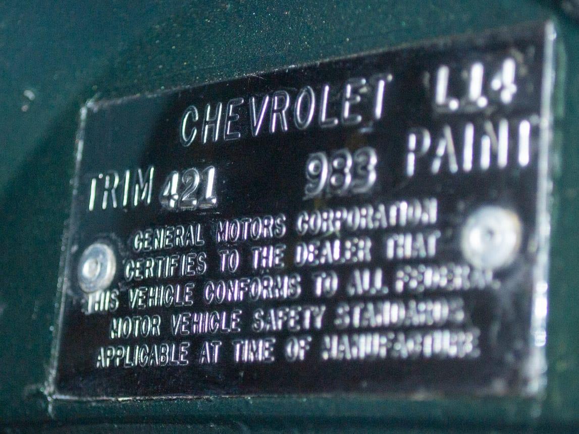1969 green corvette l71 coupe 0233
