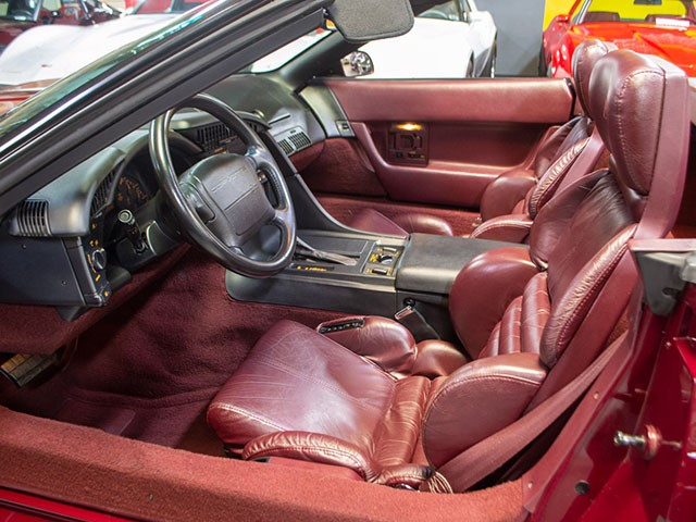 1993 Anniversary Edition Corvette Convertible int