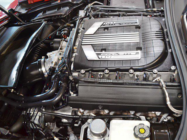 2015 Z06 Convertible Corvette eng