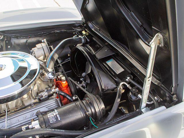 1965 silver l79 corvette coupe engine