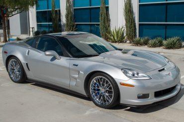 2011 silver corvette zr 1 0421