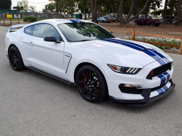 2017_shelby_gt350r_2472_1