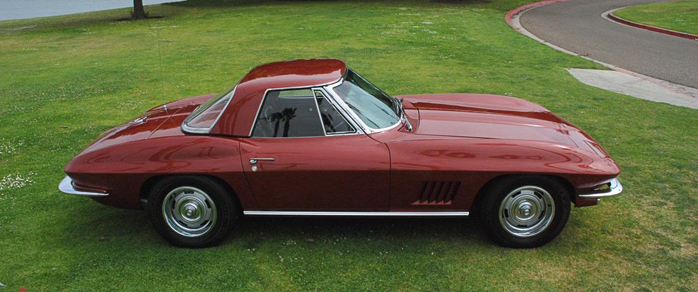 https://i2.wp.com/corvettestory.com/images/corvette-images/1967-convertible-corvette-marlboro-maroon-2_a.jpg
