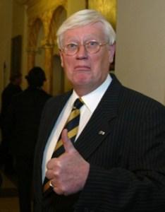 Hans Wiegel, de man die NIET het referendum torpedeerde (foto: PerspectieF, ChristenUnie-jongeren, CC BY-SA 3.0-licentie).