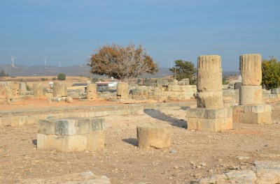 Remains of the temple of Aphrodite (photo: Carole Raddato, CC BY-SA 2.0 license).