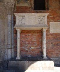 Tomb of Pietro Candido Decembrio.