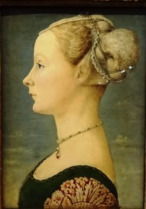 Portrait of a young woman – Piero del Pollaiolo.