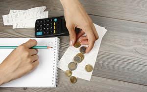 Descubre cómo puedes ahorrar 1.378 euros en tan solo 52 semanas (un año) y descarga una plantilla gratuita para lograrlo.