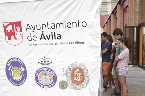 Ayuntamiento, Protección Civil, Bomberos y Policía Local de Ávila de la mano.