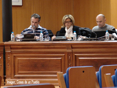 Paz Capa concejal de Upyd y Javier Sastre tuvieron que aguantar ataques familiares en el día de hoy