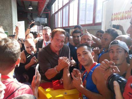 Arnold en el Stand de la AELB