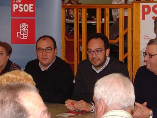 Pedro Muñoz a la izda. de Hernando