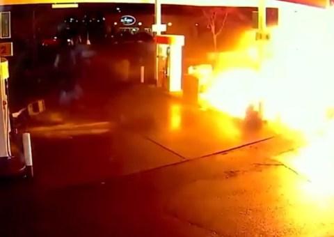explosion gasolinera telefono movil