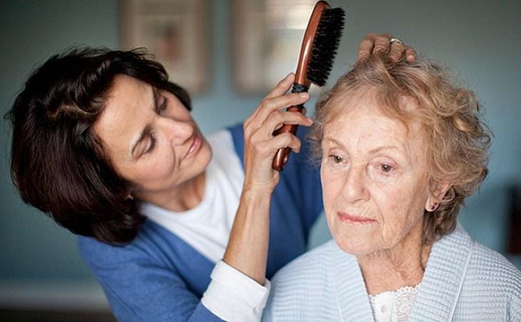 El entorno familiar es muy importante en todas las etapas del Alzheimer