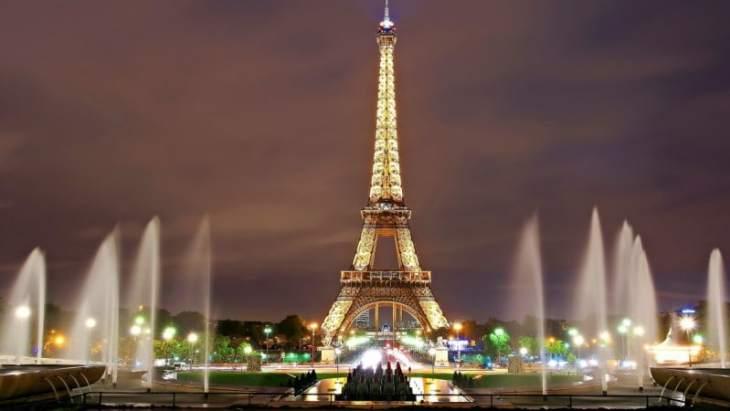 La bella París, también llamada La ciudad de la Luz