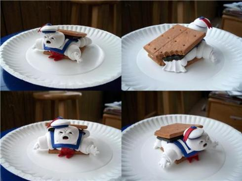 Stay-Puft-Smore-1305571930