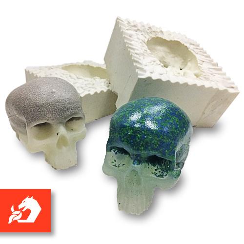 Model czaszki odlany w formie z Silicone 3030