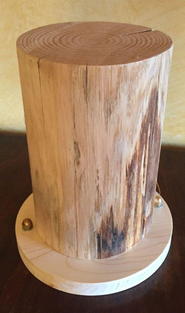 Gradino con base semplice tonda – scortecciato