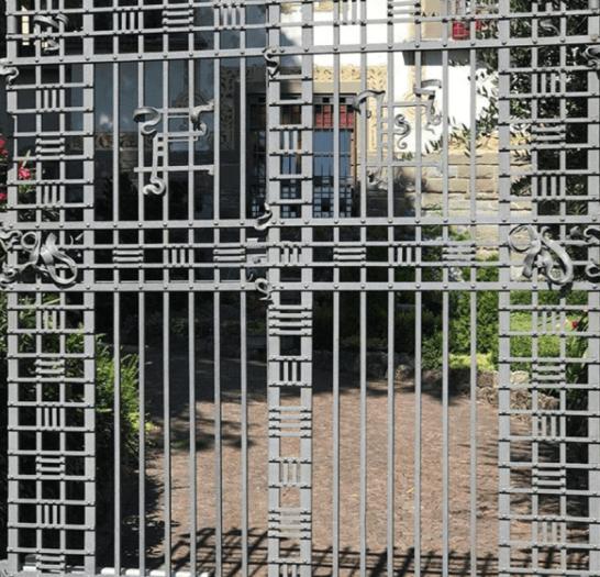 cancellata villa passeri