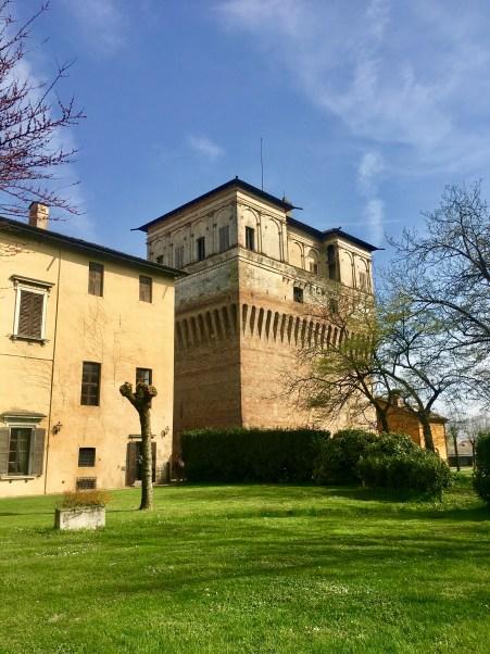 Torre e Palazzo Barbò