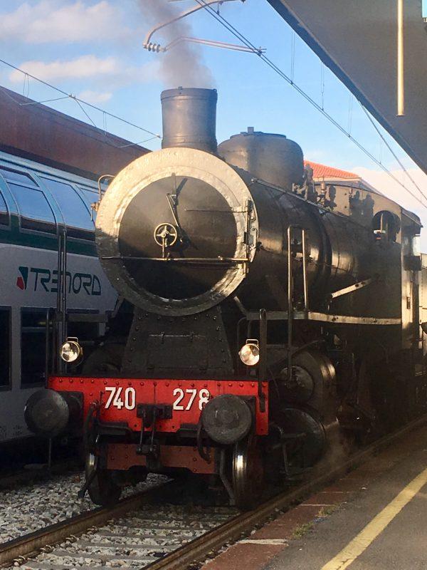 In gita da Bergamo al Lago d'Iseo con il TrenoBlu del Sebino Express