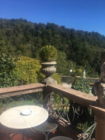 Terrazza di Villa Ortensie sulla valle Imagna