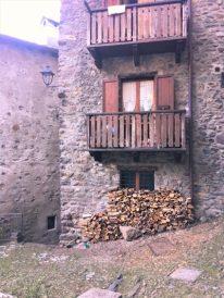 3 Gromo balconi e legna