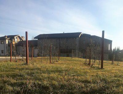 1 esterno complesso Sant'Andrea in Catello Villa d'Adda