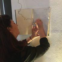 Raffaella Garofalo lascia il suo ricordo sulle pagine del libro degli ospiti al GOmbit Hotel