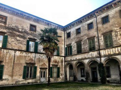 ala dedicata all'appartamento del parroco a Palazzo Bazzini