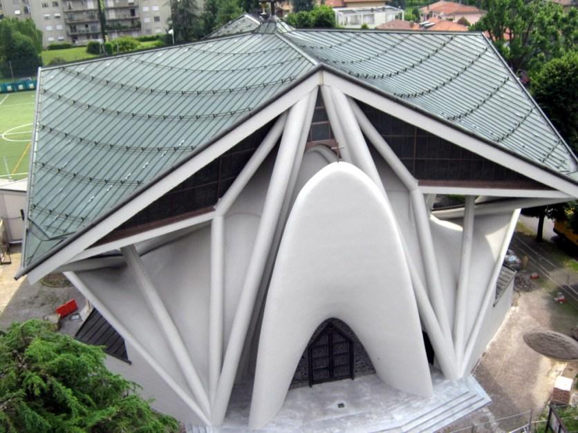 Chiesa di Longuelo dall'alto dopo il restauro