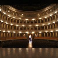 Alla scoperta del Teatro Sociale di Bergamo: teatro all'italiana con platea alla francese nel cuore di Città Alta