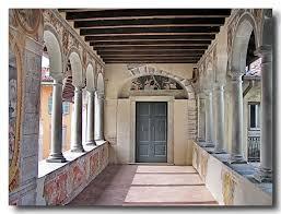 Loggia del primo piano del Palazzo del Comune di Clusone