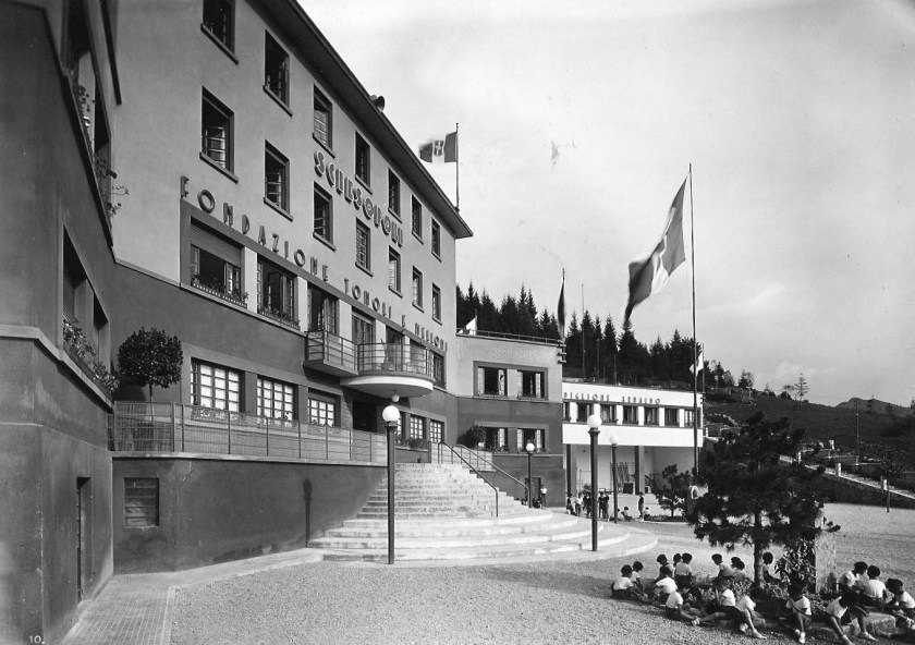 Sciesopoli-anni-trenta-padiglione-centrale.jpg