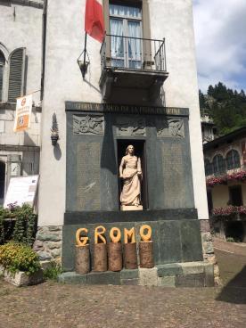 Gromo piazza principale