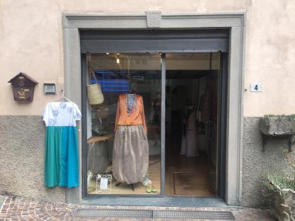 Moki ingresso negozio di Gromo