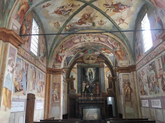 interno-Madonna-dei-Campi-di-Calvenzanao