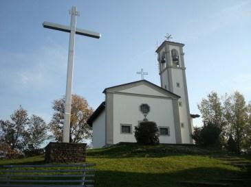 Chiesa di San Giorgio ad Albano Sant'Alessandro e la sua croce