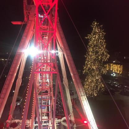 albero di Natale di Bergamo visto da ruota panoramica
