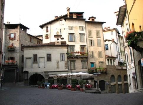 Piazza delle Scarpe
